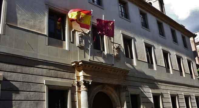 Palacio de San Esteban, presidencia de la Comunidad Autónoma.  Enrique López Tamayo - FLICKR)