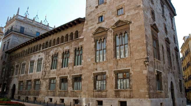 Imagen de la fachada del Palacio de la Generalitat Valenciana (Wikimedia).